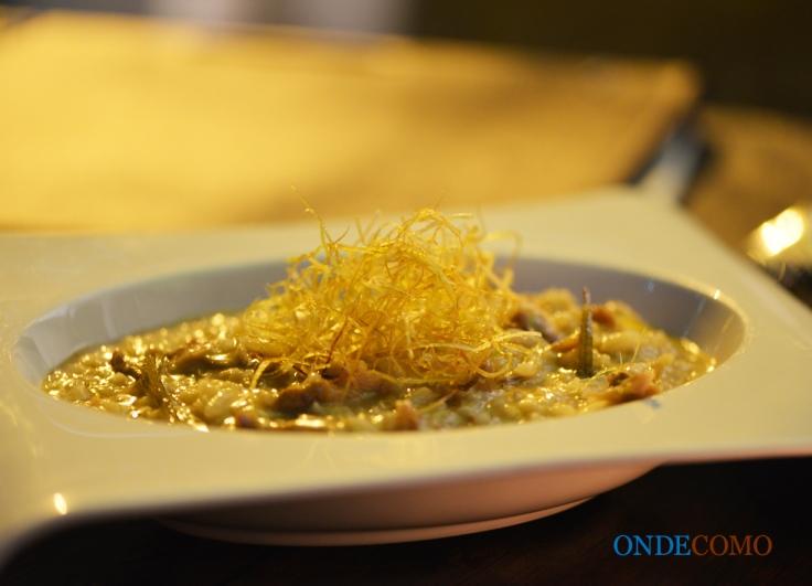 Risoto de pato com laranja e crisp de poró