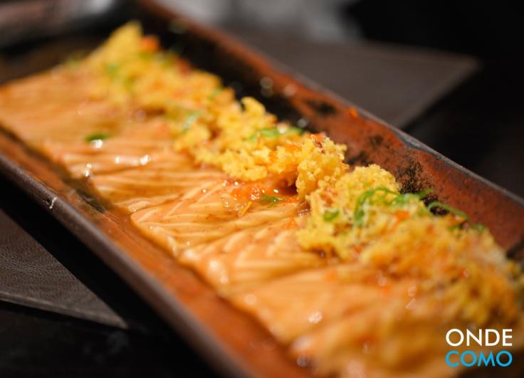 Salmon crispy carpaccio