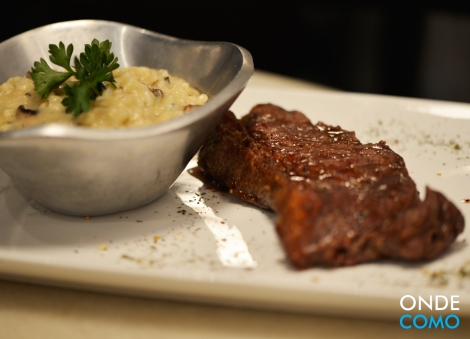Steak angus e rizzoto do Djalma gorgonzola com shitake